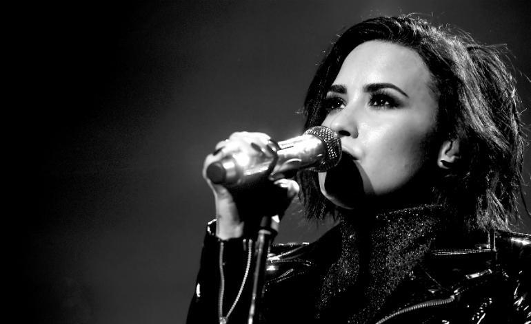 Demi Lovato kêu gọi nâng cao nhận thức về chứng nghiện ngập