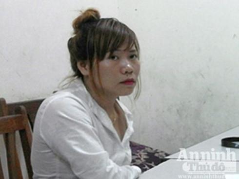 Bắt giữ một phụ nữ vận chuyển 1,4 kg ma túy đá